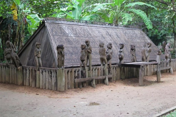 traditional house, Vietnam museum of ethnology